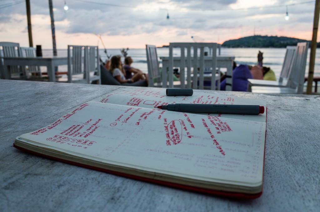 Gili Meno padaryta nuotrauka pietaujant taip ir liko vienintele. Bet irgi per saulėlydį.